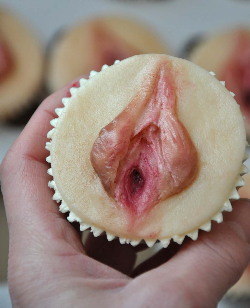Cupcake Pussy 21